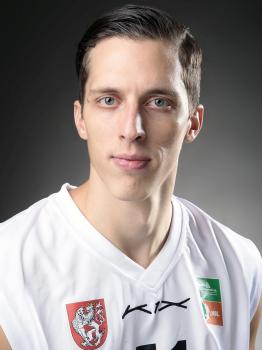 Tomáš Pomikálek